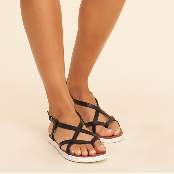 ed02ae3fd807 Mia Elana Black Gladiator Strappy Flat Sandal NEW!